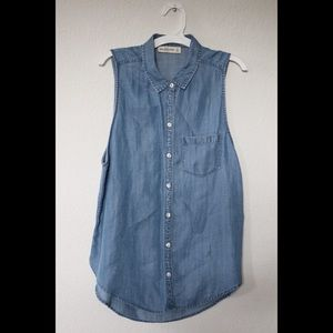 Abercrombie and Fitch Jean Sleeveless Button Up